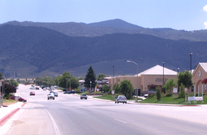 Shopping, banking and dining in Tehachapi
