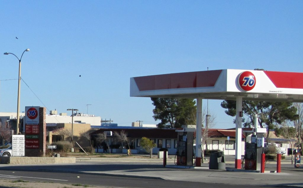 Clean, modern conveniences in Cal City