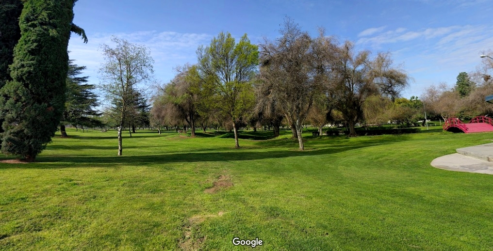 Lions Town & Country Park in Madera